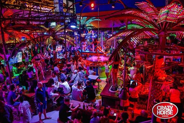 Crazy hores Circus Phuket.