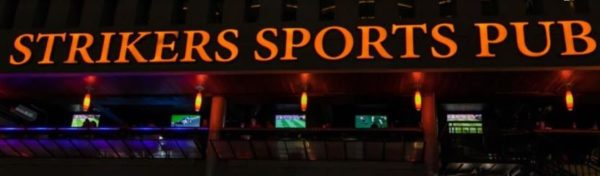 Strikers sport bar. Bares en sukhumvit soi 4