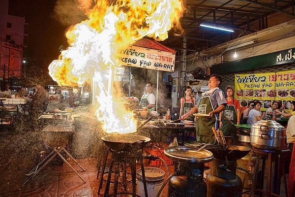 Woks en Chinatown. Bangkok.