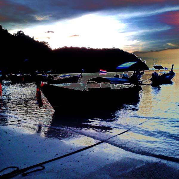 Atardeciendo en La isla de Phi Phi