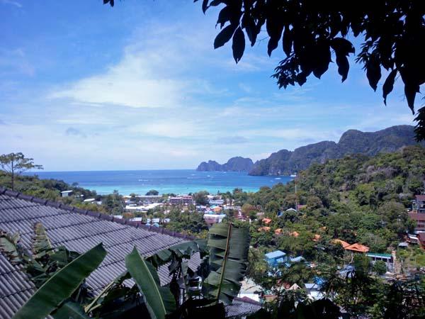 Ko Phi Phi desde la colina.