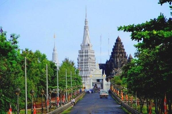 Kampong Cham. Mejores destinos de Camboya