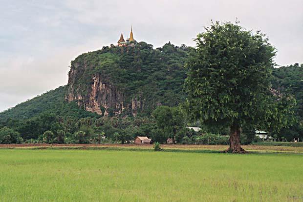 Wat Phnom Sampeau. Battambang.